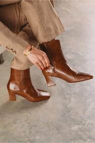 Boots Bobbies