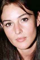 Monica Bellucci, 23 ans