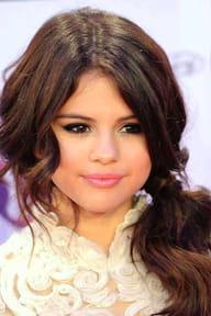 Les joues rosées de Selena Gomez